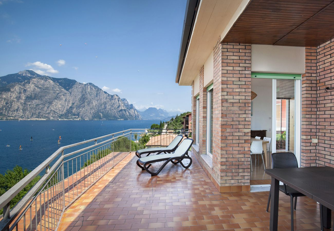Apartment in Malcesine - Apartment Windows On The Lake