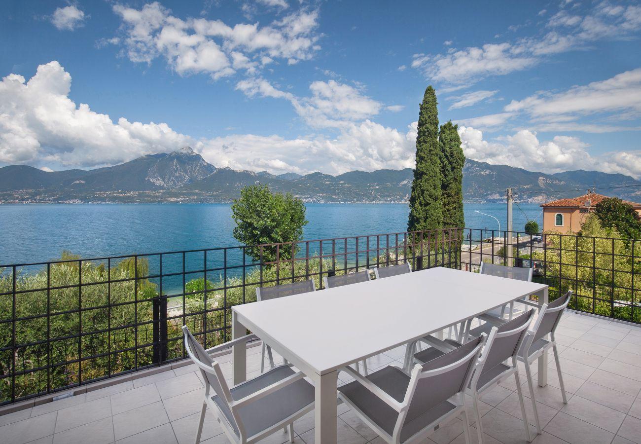 Apartment in Torri del Benaco - Apartment Frader Otto With Lake View